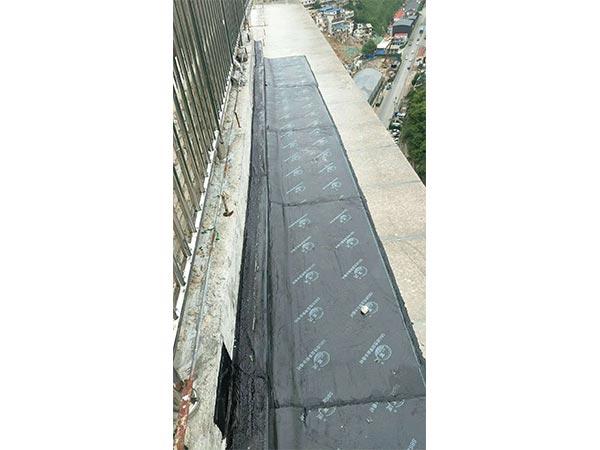 阳台SBS弹性沥青世界杯外围卷材施工