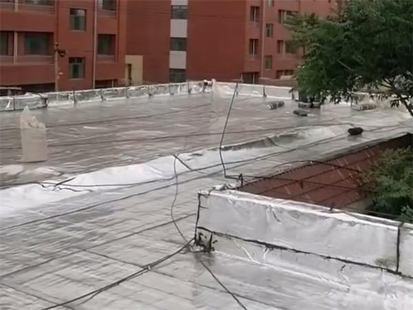 某学校楼顶世界杯外围